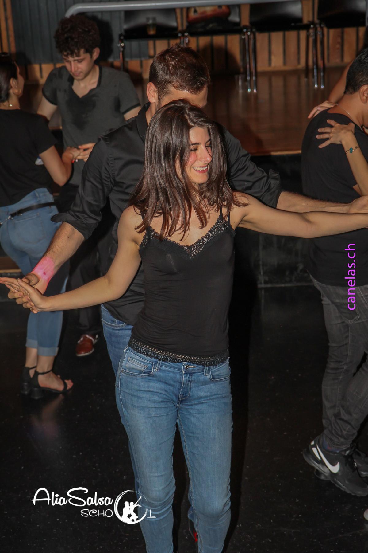 AliaSalsa ecole de danse lausanne soiree bachata salsa cubaineAlia Salsa Soireé Salsa - Bachata-50
