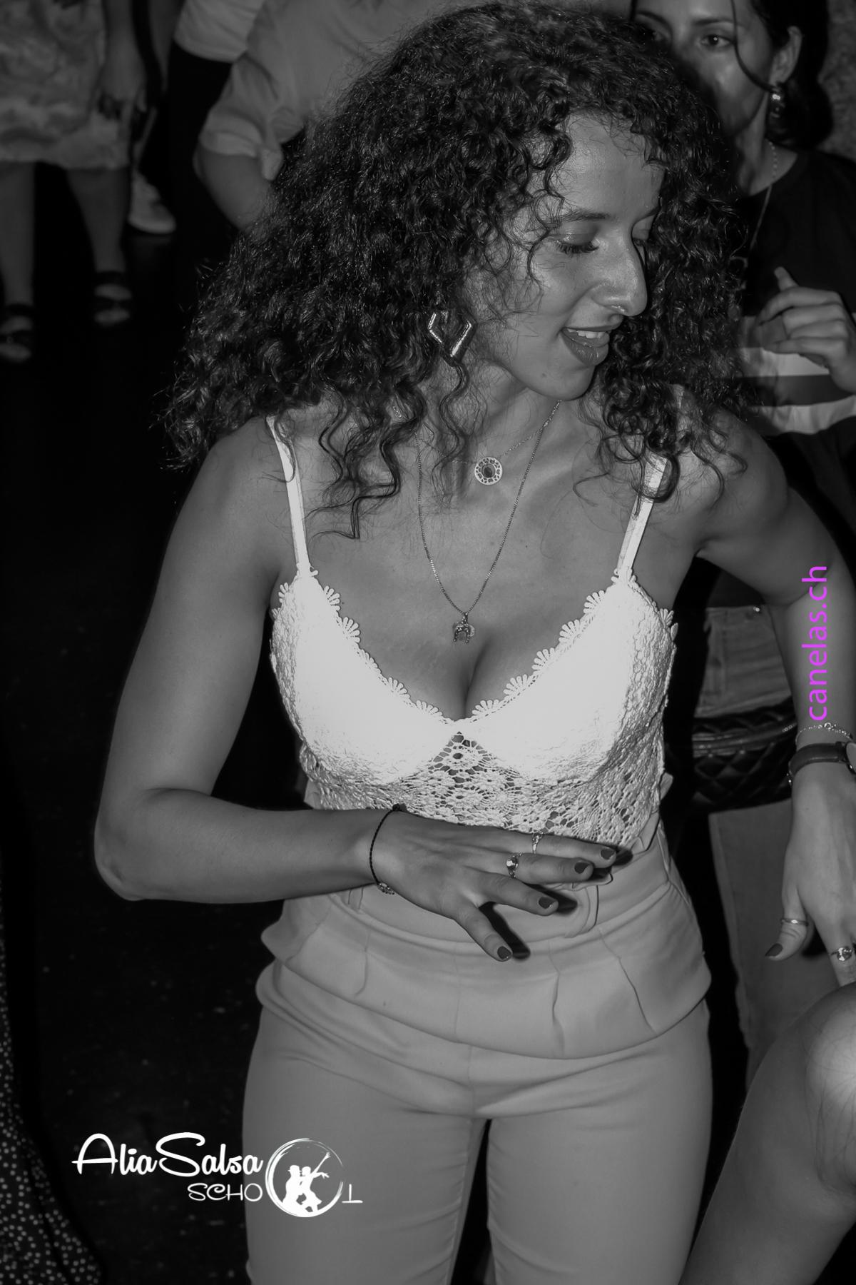 AliaSalsa ecole de danse lausanne soiree bachata salsa cubaineAlia Salsa Soireé Salsa - Bachata-7